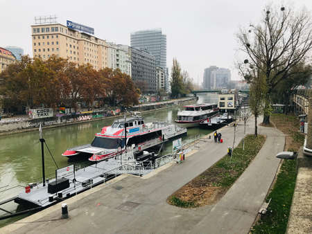 Vienna, Austria - November 11, 2018:  Landscape and architecture along the riverbank in Vienna, Austria. 新闻类图片