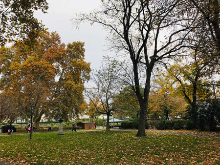 Vienna, Austria - November 11, 2018:  Scenery and landscape of Resselpark in Vienna, Austria. 新闻类图片