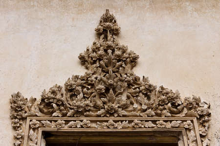 thai art stucco