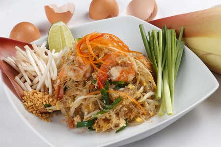 vermicelli: padthai, tallarines fritos al estilo tailand�s