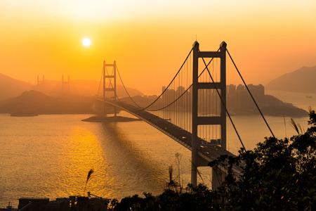 Tsing Ma Bridge is a bridge in Hong Kong. Imagens