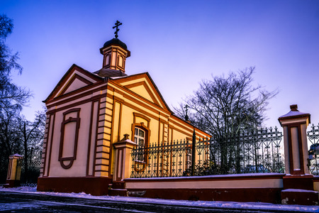 exaltation: Winter 2014. Russia. Moscow. Altufyevo. The Church of the exaltation of the Holy cross in Altufevo (Holy cross Church, the Church of the exaltation). The fence and the Part of the Temples territory to the left of the main entrance to the territory.