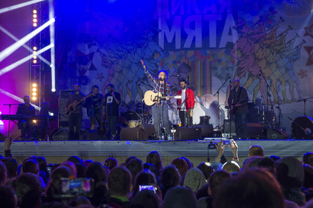 wild mint: RUSSIA. TULA REGION. BUNIREVO - June 27, 2015. Musical festival The Wild Mint. Georgian musical group Mgzavrebi on the stage of the festival. Editorial