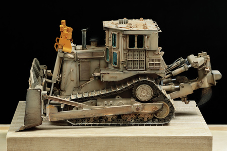 heavy industry: This photo is a scale model of an armored bulldozer, This bulldozer is equipped by USMC during the operation in Iraq 2003. Editorial