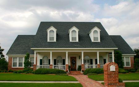 new classic design house in suburban neighborhood; new old house Stock Photo - 441044
