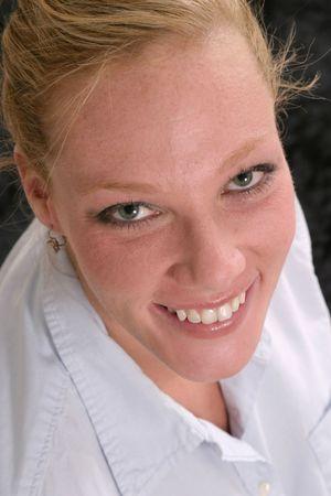 Lachend, aantrekkelijke zakelijke vrouw Headshot Stockfoto