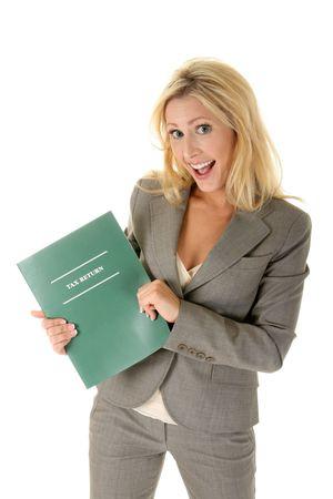 Mooie blonde vrouw is blij en enthousiast over het verkrijgen van een belastingteruggaaf! (of iets andere tekst die u wilt toevoegen)