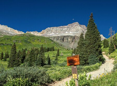 Road Less Traveled: It's a Sign at Yankee Boy Basin, Mount Sneffels Wilderness, Ouray, Colorado 스톡 콘텐츠