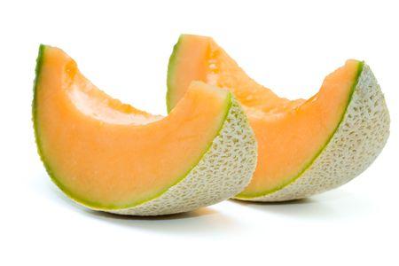 isol� sur fond blanc: Fermeture de melon cantaloup en arri�re-plan blanc isol�