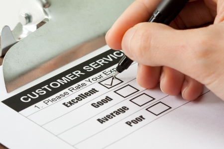 servicio al cliente: Excelente experiencia de casilla de verificaci�n en el formulario de encuesta de servicio al cliente  Foto de archivo