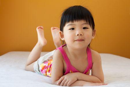 アジアの赤ちゃん子供少女の肖像画