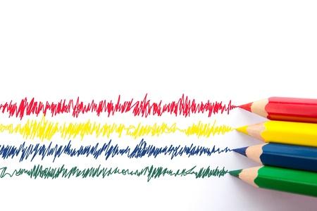 Espectro de lápices de colores sobre fondo blanco. Foto de archivo - 12418630