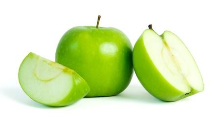 manzana verde: Manzanas verdes con adelgazamiento cápsulas y vaso de agua mineral