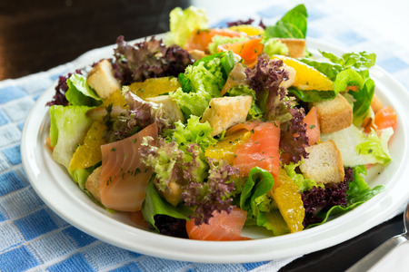 low cal: Smoked salmon salad with fruit and vegetable