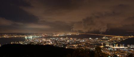 penang: Penang city ariel view from Penang hill at night