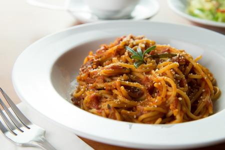 parma ham: Prosciutto Parma Ham Rosemary spaghetti with tomato sauce