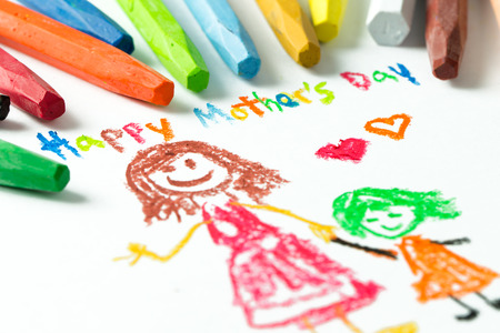 Kid drawing of mother and girl for happy mother's day theme 免版税图像