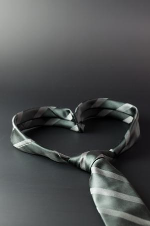 nudos: Lazo se forma un corazón en forma para el fondo del día de padre Foto de archivo