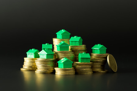 subprime mortgage crisis: Price variation of real estate market or saving money to buy a house