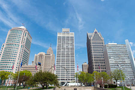 Detroit Michigan, USA - 6 MAY, 2018: Highrise buildings in downtown detroit bussiness district 新聞圖片