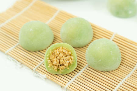 Chinese dessert or sweet mochi with ground peanut and sugar filling 版權商用圖片