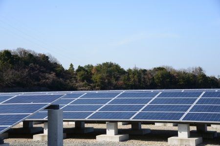 This is a photograph of a solar power plant. photo