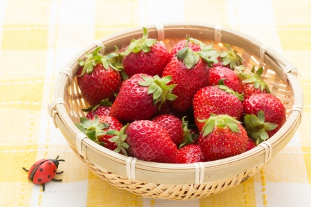 Strawberry served in a bamboo basket Stock Photo - 19354343