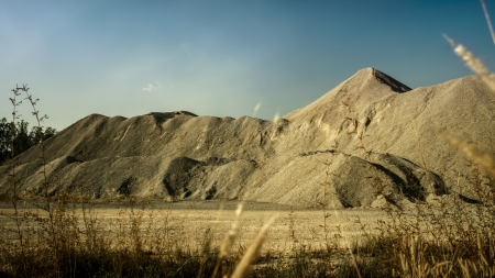 sand pile photo