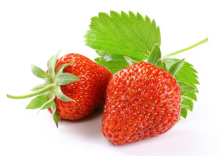 Aardbeien geïsoleerde witte achtergrond