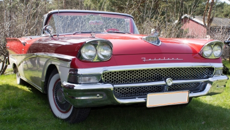 Red Ford Fairlane from the 1950 s