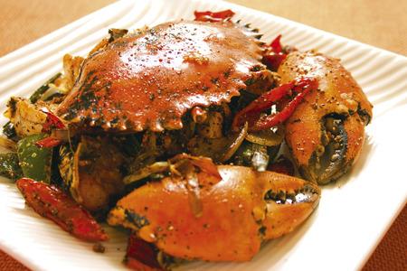 asian cuisine - spicy fried crabs 版權商用圖片