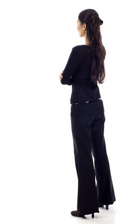 mujer elegante: Mujer de negocios asiática de la parte posterior - mirando algo aislado sobre fondo blanco