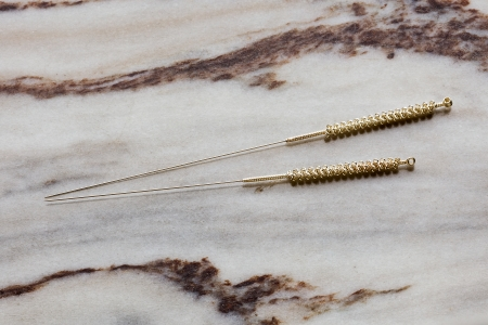 Acupuncture needles Stock Photo - 24924888