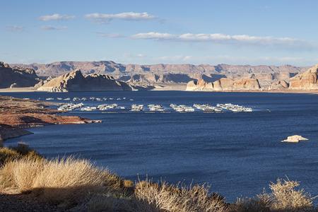 lake powell: Port for Yachts at Famous Lake Powell, Arizona