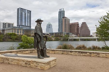 スティーヴィー ・ レイ ・ ヴォーンとダウンタウンのステータス Austin、テキサス州