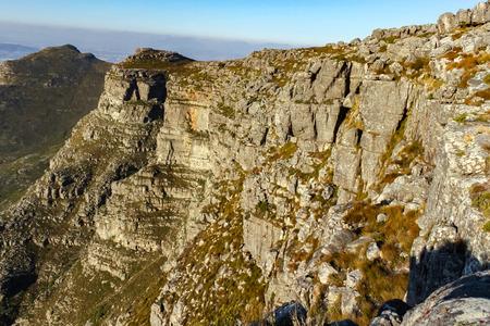 Blick von oben auf den Tafelberg Standard-Bild - 56521344