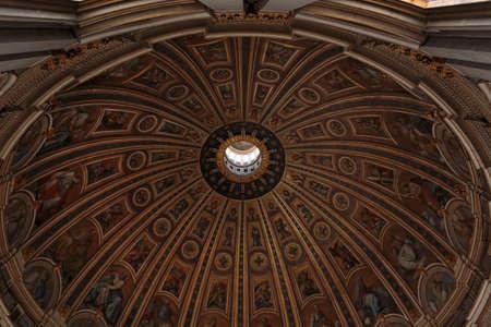 St. Peter's Basilica (Basilica di San Pietro in Vaticano) interior, Vatican City