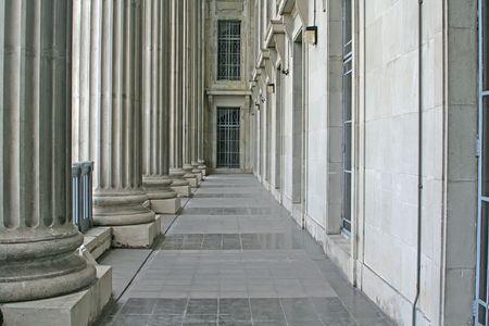 orden judicial: Ley y el Orden Pilares en la Corte Suprema durante el d�a  Foto de archivo