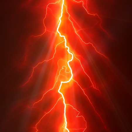 rayo electrico: Lightning Bolt ahorquillado contra un cielo oscuro