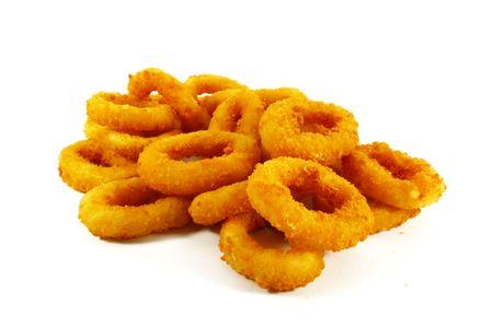 comida chatarra: Comida r�pida popular plato de lado de anillos de cebolla en fondo blanco Foto de archivo