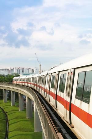 cape mode: �ffentlicher U-Bahn-Verkehr auf Beton Bridge anzeigen