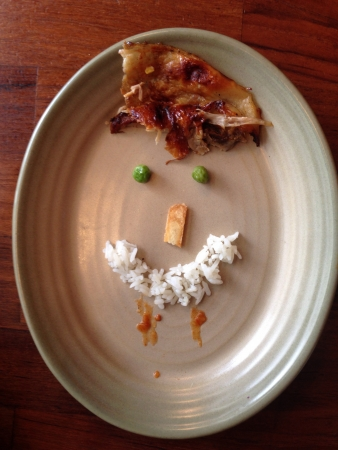 zbytky: Smiley face arranged with food remains