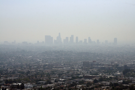 Smog and pollution in Los Angeles bei day