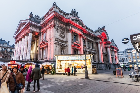 jure: Brussels, Belgium, 3 December 2014: Brussels, officially the Brussels-Capital Region, is a region of Belgium comprising 19 municipalities, including the City of Brussels which is the de jure capital of Belgium.