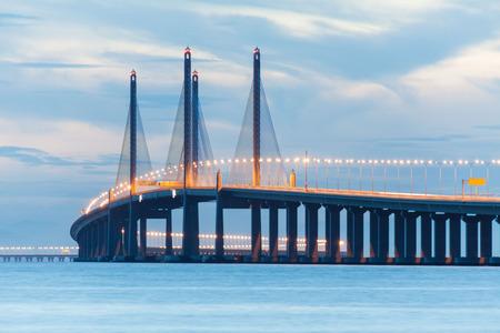 第 2 のペナン橋または夜明けにスルタン アブドゥル ハリム Muadzam シャー ブリッジ ビューとして知られて 写真素材