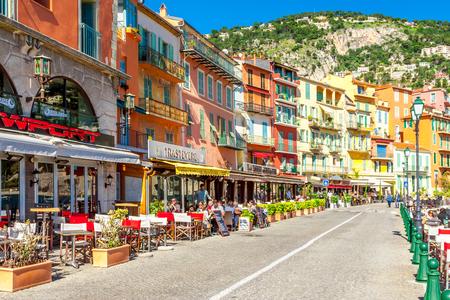 Uitzicht op het prachtige landschap met mediterrane luxe resort. Villefranche-sur-Mer, Nice, Côte d'Azur, Franse Rivièra. Redactioneel