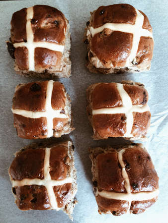 Six hot cross buns