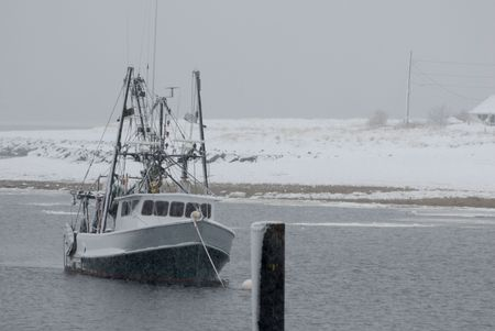 lobster boat: horizontal scallop dragger image