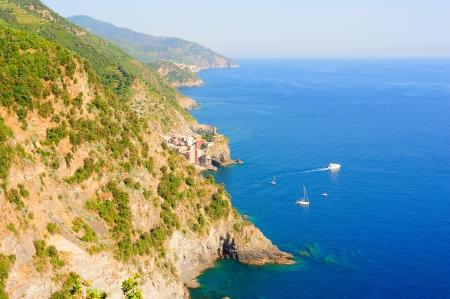 vernazza: Picturesque Cinque Terre scenery with view of Vernazza village and the seaside Stock Photo