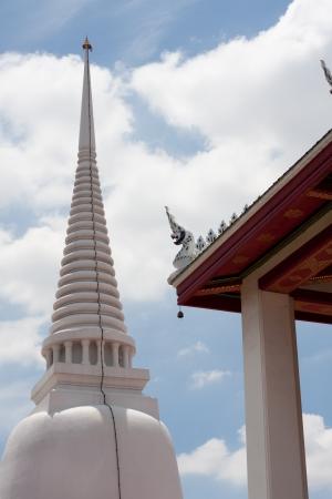 White Pagoda Temple Wat Makutkasat